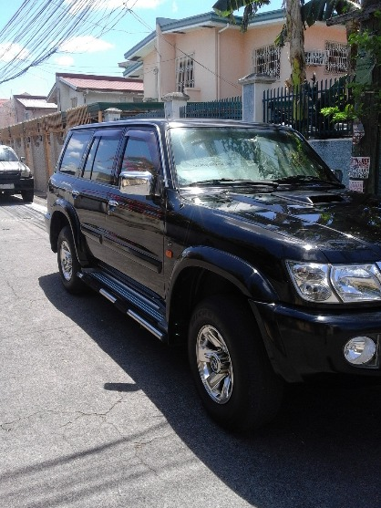 2004 Nissan Patrol Presidential Edition A/T Turbo Diesel image 3