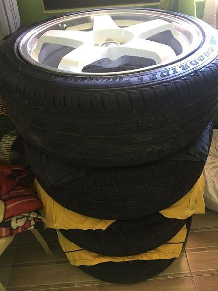Rota P45 18inch Mags with tires image 5