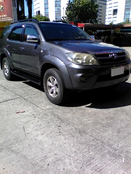 2006 Toyota Fortuner G gas photo