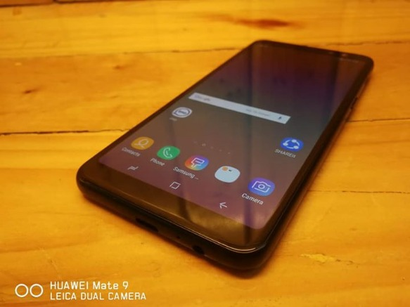Samsung Galaxy A8 Duos 2018 Black 4G LTE image 3
