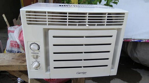 Aircon carrier .5hp with timer photo