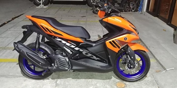 Yamaha Aerox 2018 matte orange photo