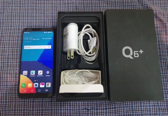 LG Q6 Plus 4GB 64GB Complete photo