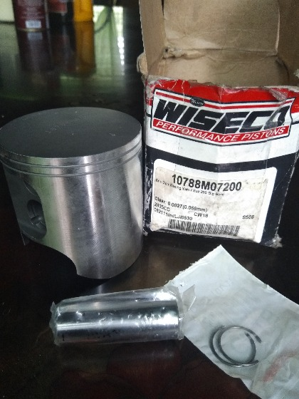 Piston  for race Suzuki 250 motorcycle photo