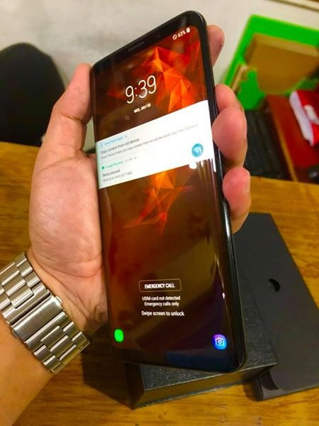 Samsung Galaxy S9 Plus 256GB Openline LTE Complete International Variant photo