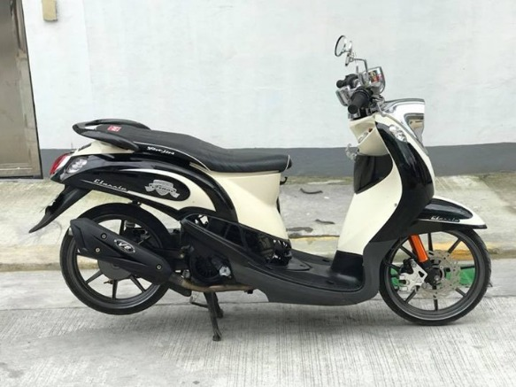 2011 model yamaha fino photo