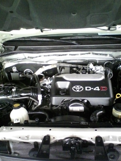 2012 TOYOTA FORTUNER G DIESEL AUTOMATIC image 3