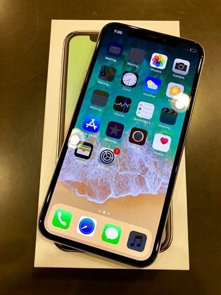 iPhone X 256gb Silver Factory Unlocked photo