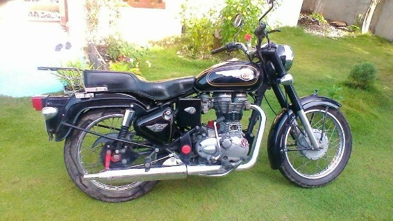 Royal Enfield motorcycle photo