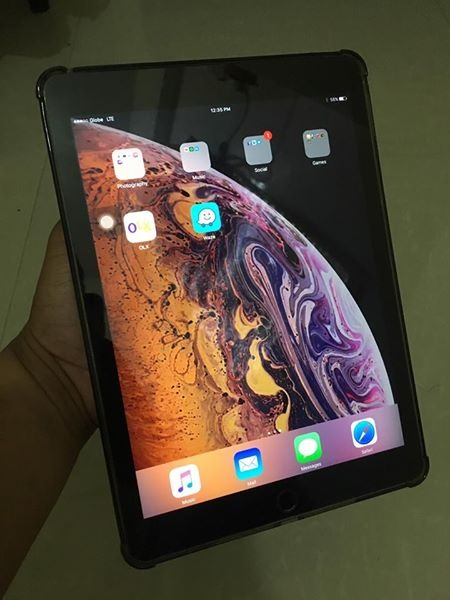 iPad Air 2 16gb Wifi and Data photo