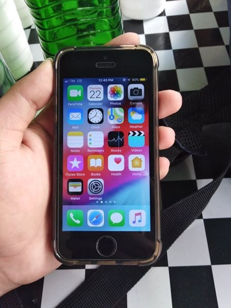Iphone 5s 16gb globelocked photo