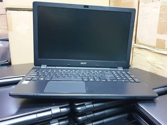 ACER Core i3 4th GEN Laptop photo