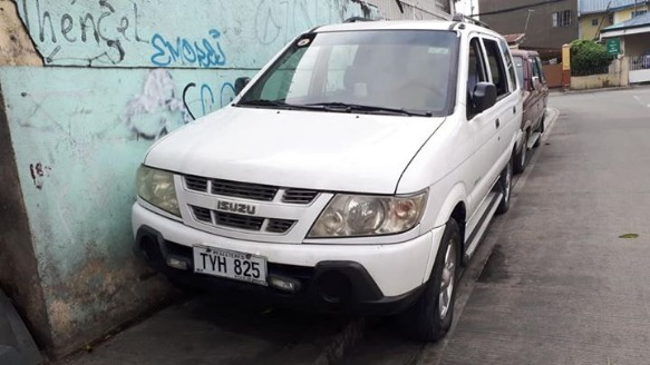 Isuzu crosswind 2007 Manual Diesel All power Private photo