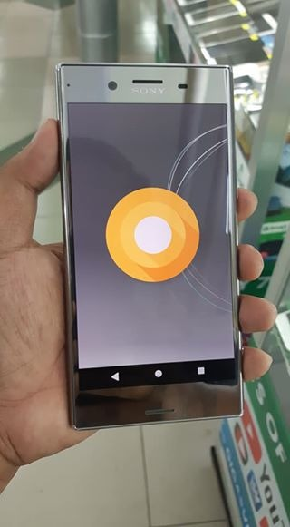 Sony Xperia XZ Premium Luminous Chrome 64gb Oreo photo