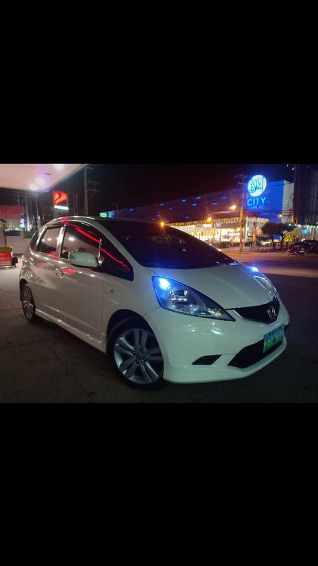 Honda Jazz GE 1.5 i-vtec engine top of the line photo