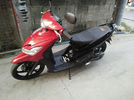 sporty yamaha 2009 model photo