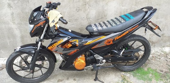 Suzuki raider 150 orig 1million edition photo