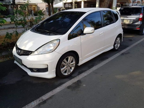 Honda Jazz 1.5V 2012 model photo