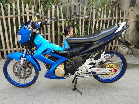 Raider 150 2009 model Super sariwa photo