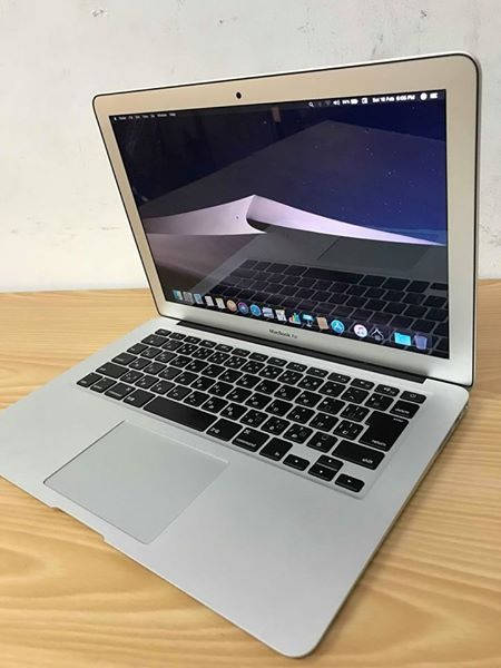 Macbook Air 13 inch 2017 photo