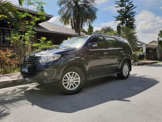 2013 Toyota Fortuner 4x4 photo