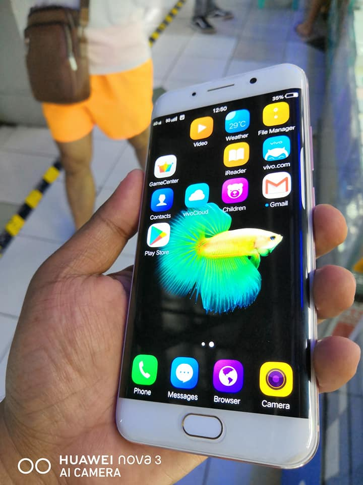 Vivo Xplay 6 Edge 128gb/6gb RAM photo