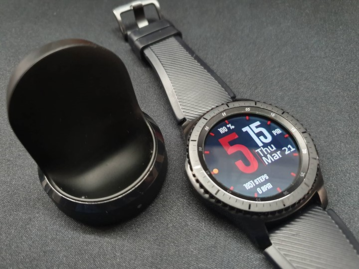 Samsung Galaxy Gear S3 photo