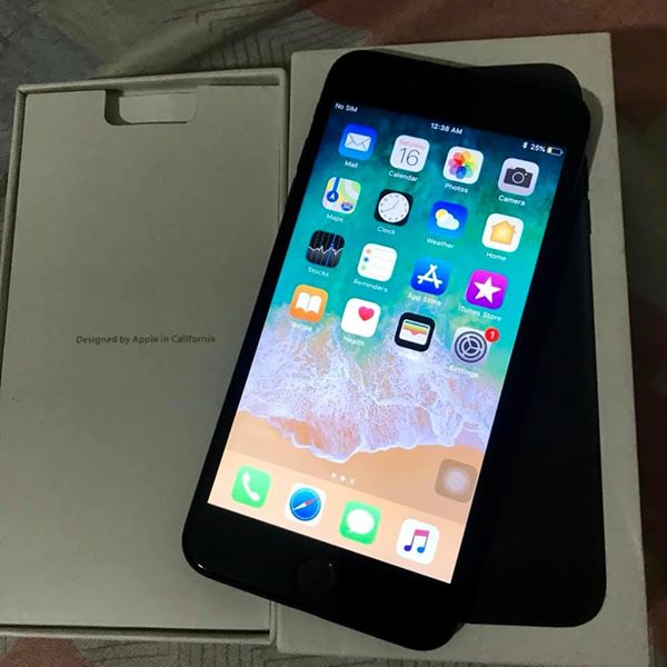 Iphone 7plus 32gb factory Unlocked photo