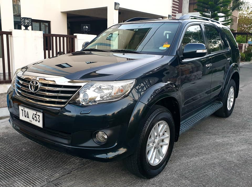 2012 fortuner G Manual transmission 4x2 photo