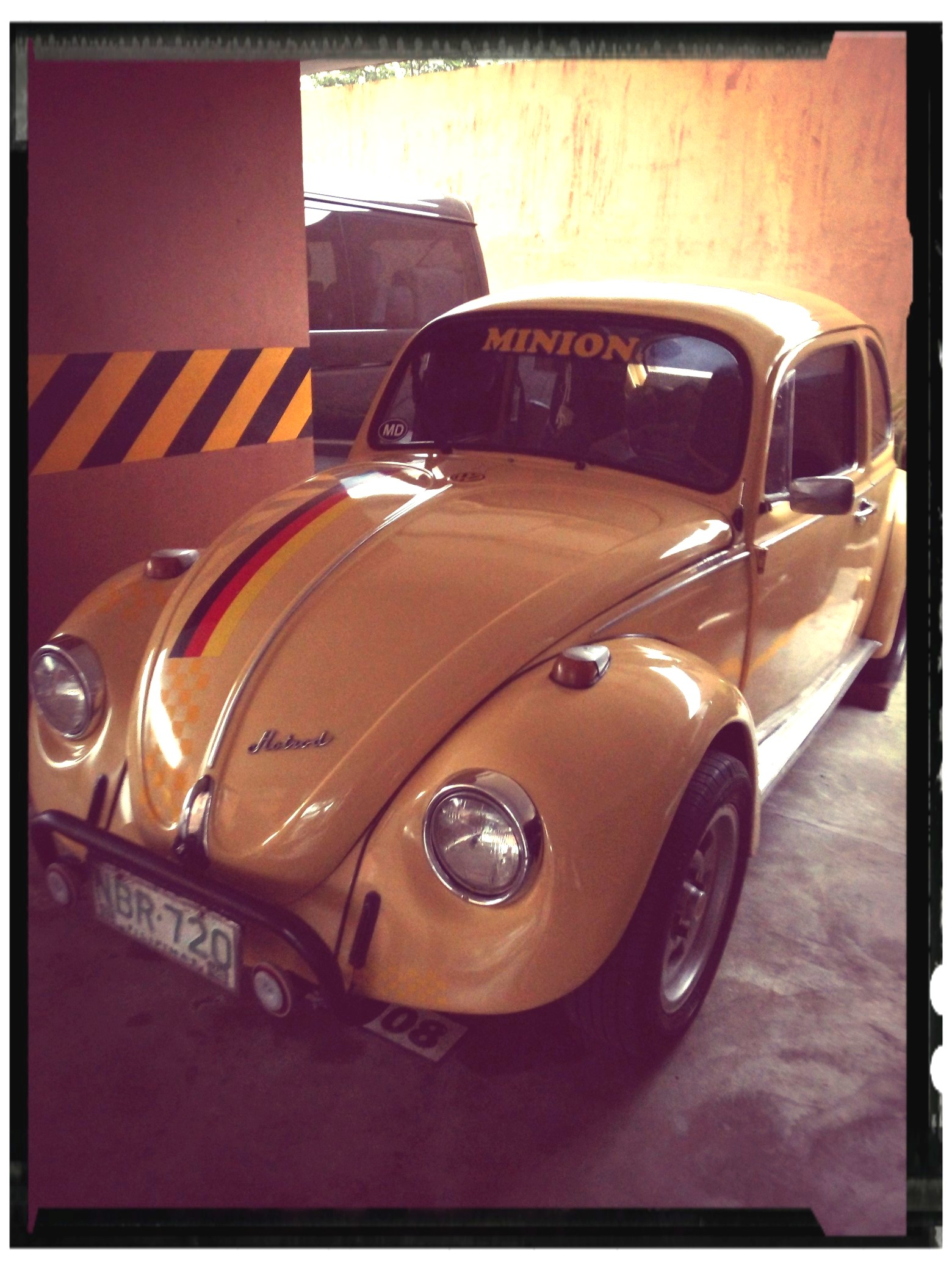 Volkswagen Beetle 1969 Yellow  photo