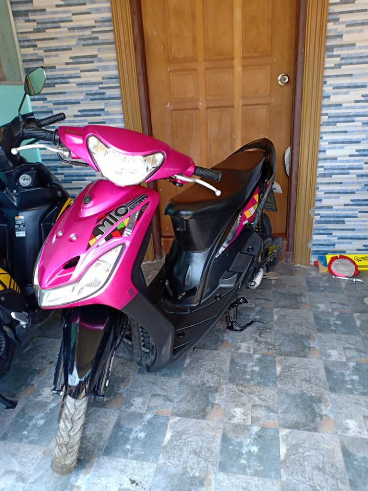 Yamaha mio sporty magenta photo