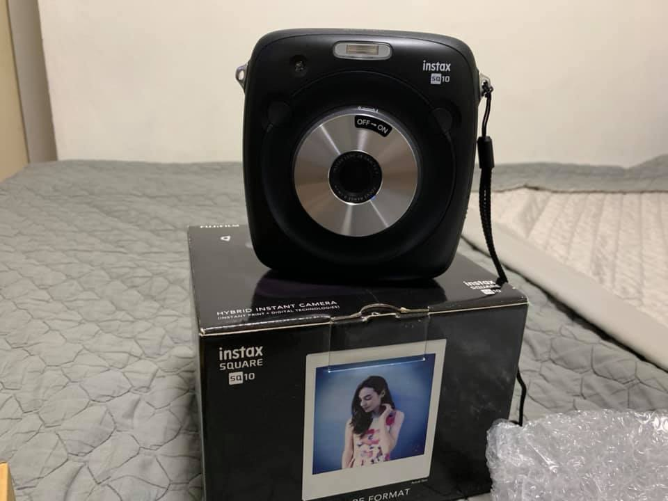 Fujifilm Instax Square SQ10 photo