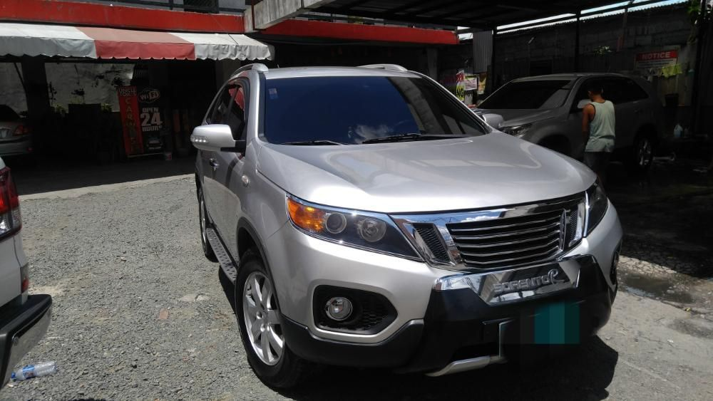 2011 Kia Sorento LX AT photo