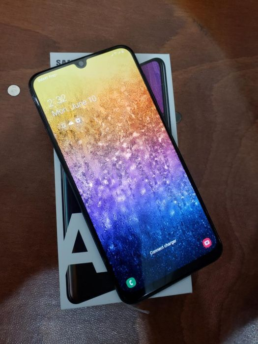 Samsung Galaxy A50 128GB photo