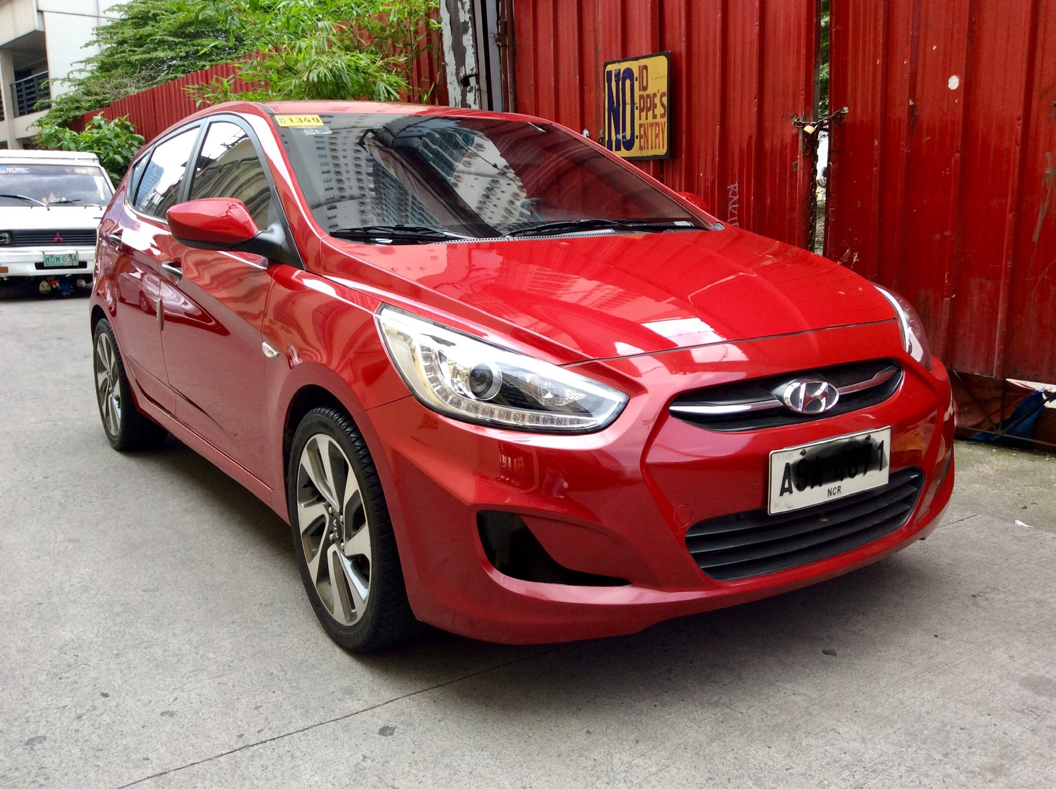 2015 Hyundai Accent Crdi HB photo