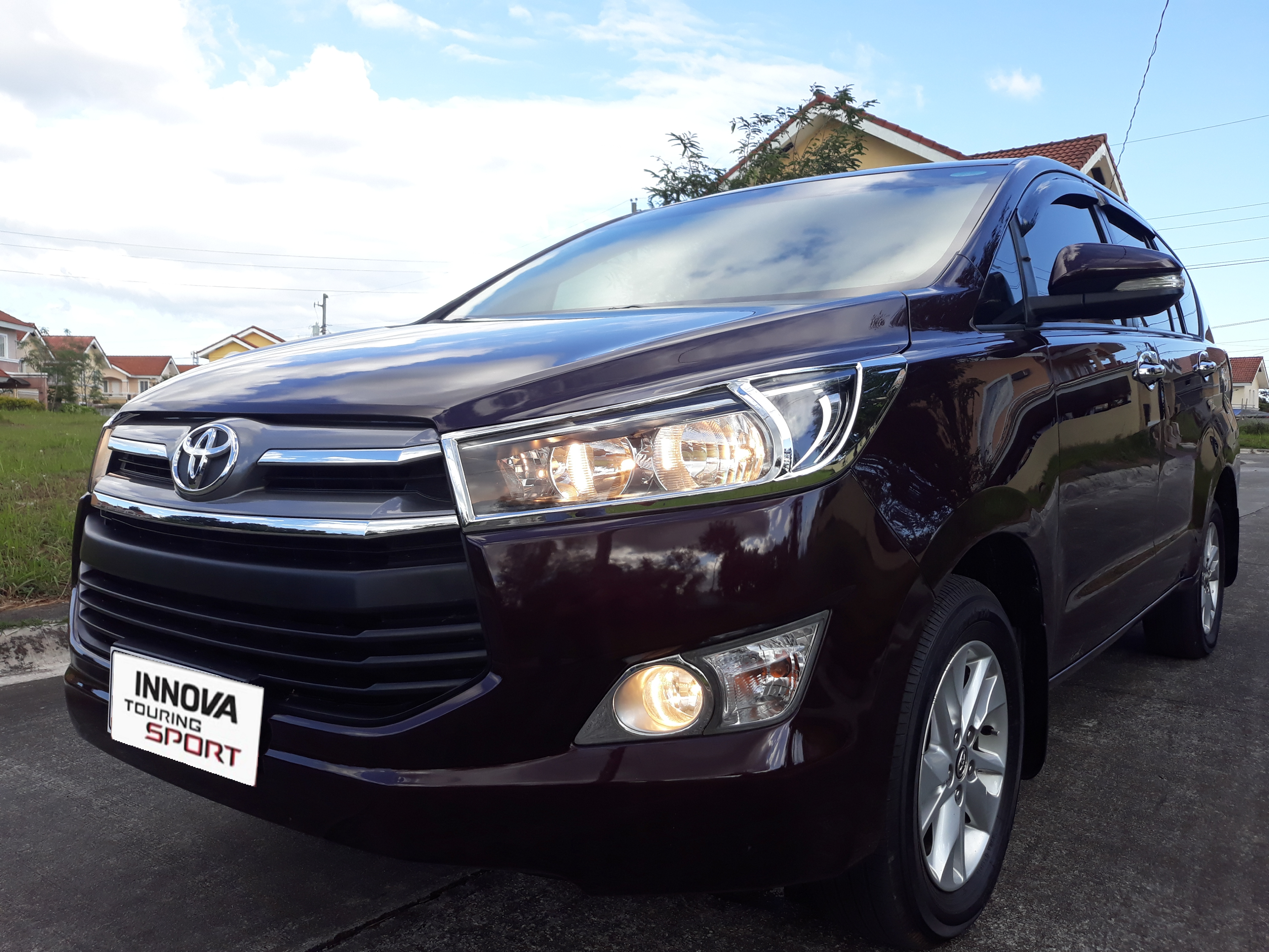 2017 Toyota Innova 2.8E Diesel Automatic photo