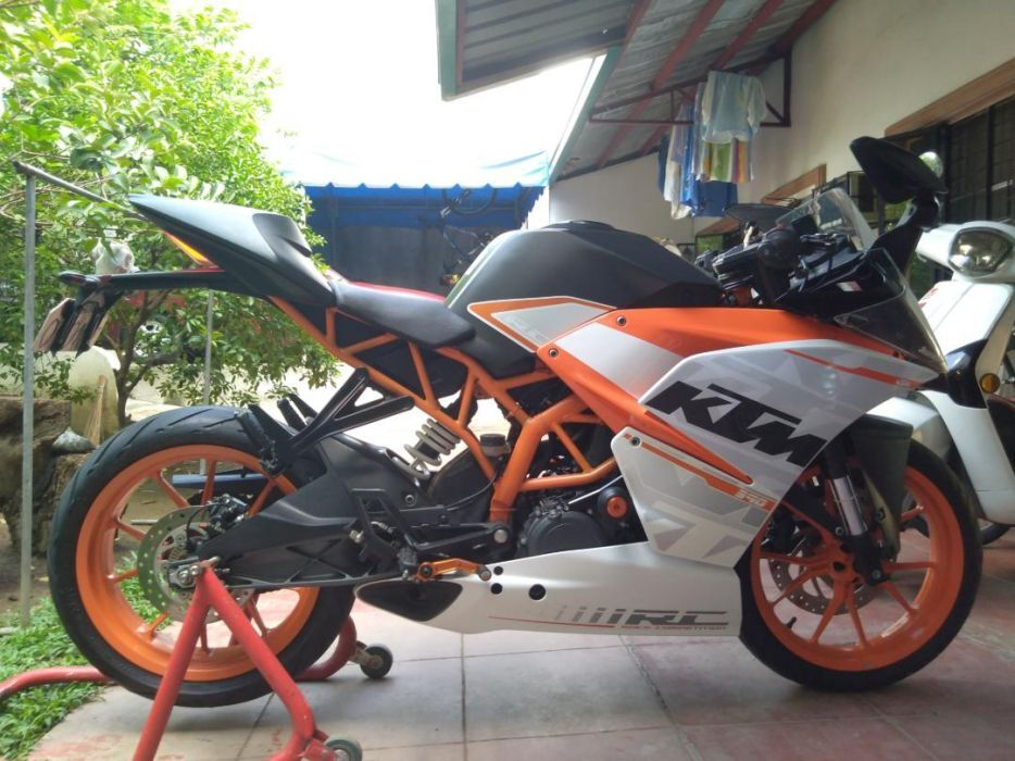 KTM RC 390 with ABS photo