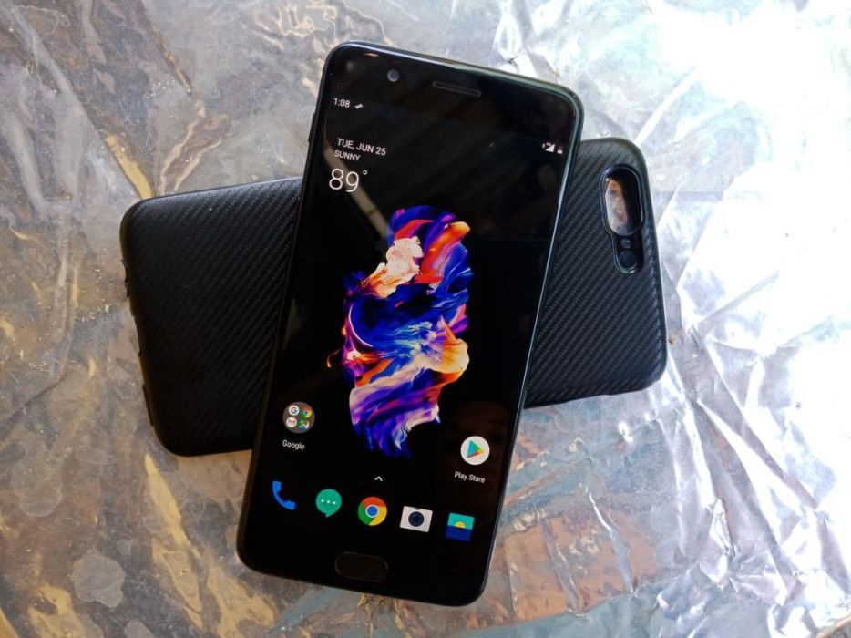 OnePlus 5 8GB Ram 128GB photo