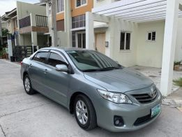 Toyota Altis 2012 Model (Top of the Line) photo