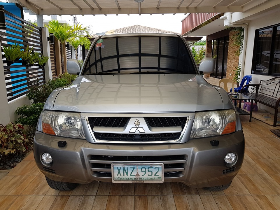 2004 Mitsubishi Pajero (LOCAL) photo
