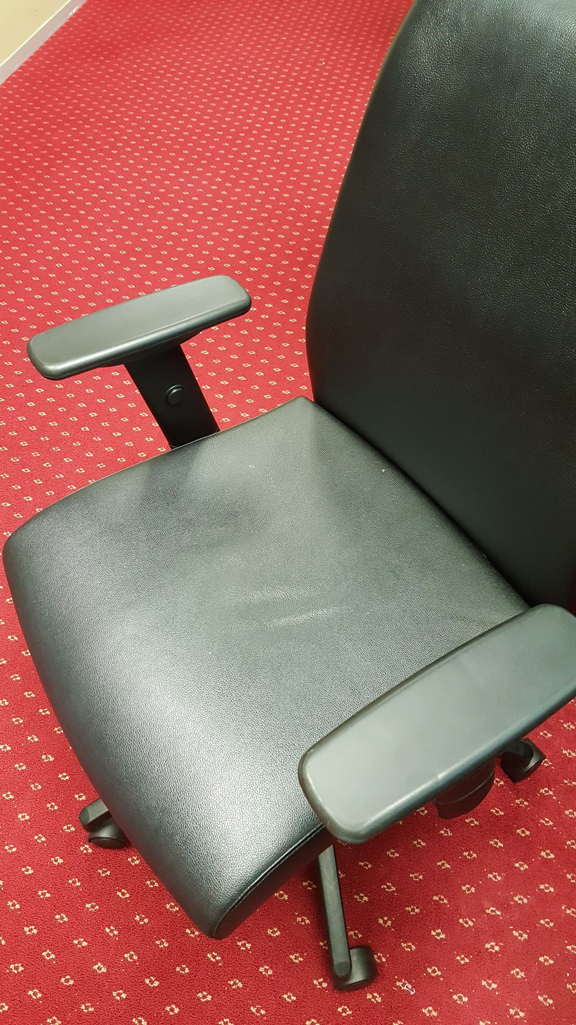 Office Chairs photo