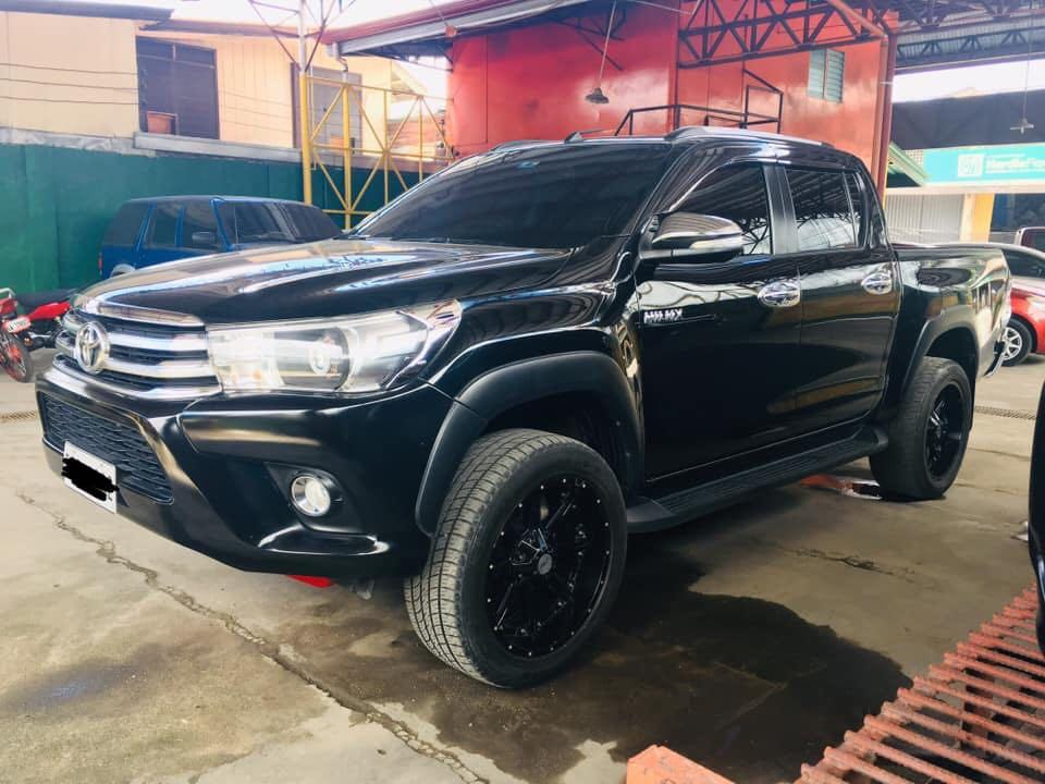 2016 Toyota Hilux 4x2 photo