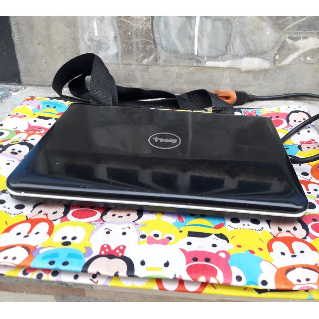 DeLL Inspiron 1011 Model Netbook photo