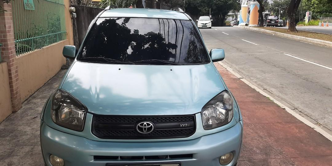 2004 Toyota RAV4 AT photo