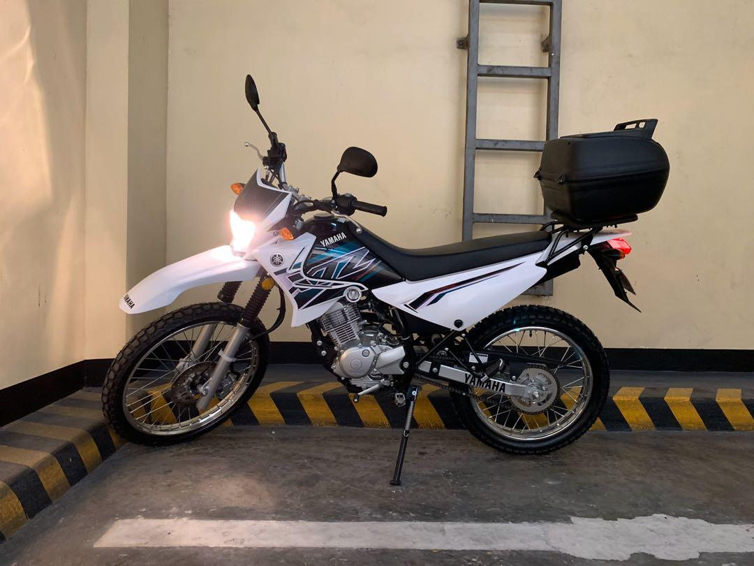 Yamaha XTZ125 white photo