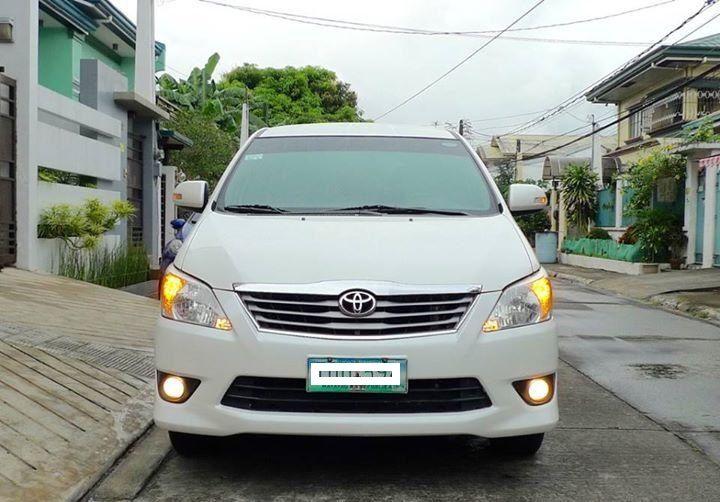 Toyota INNOVA 2012 photo