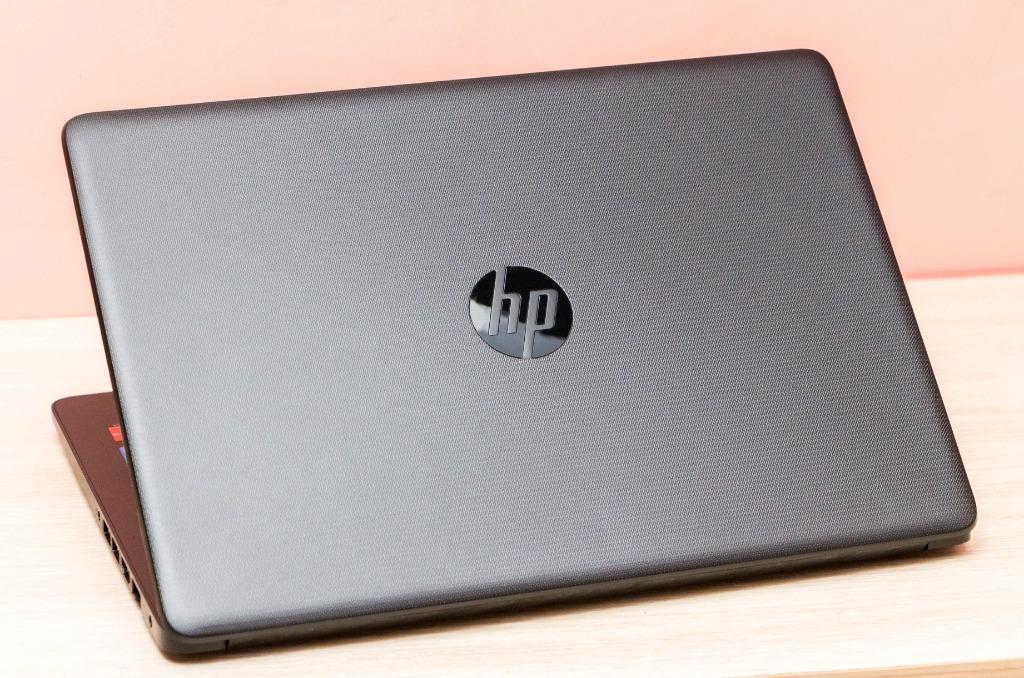 HP model 14-bs116tx intel core i5 8th gen photo