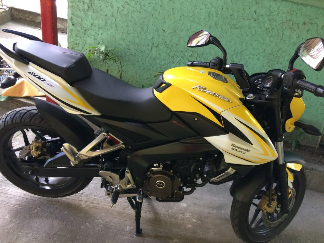 Kawasaki Bajaj Rouser 200NS 2016 photo