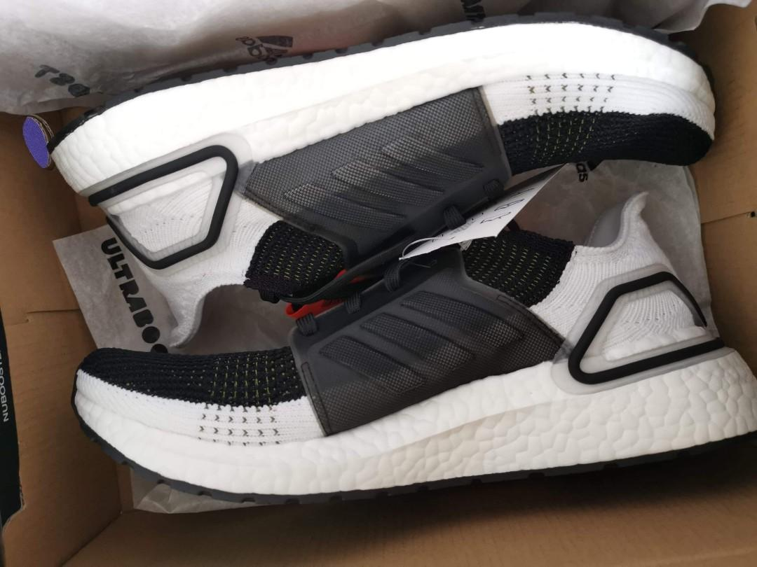 Adidas Ultraboost 19 US 9 photo