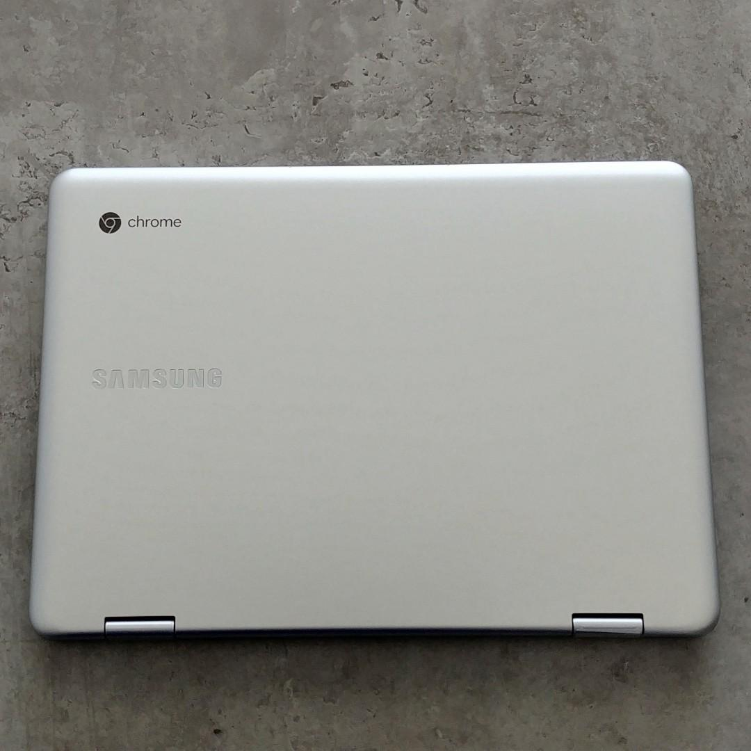 Samsung Chromebook Plus V2 photo